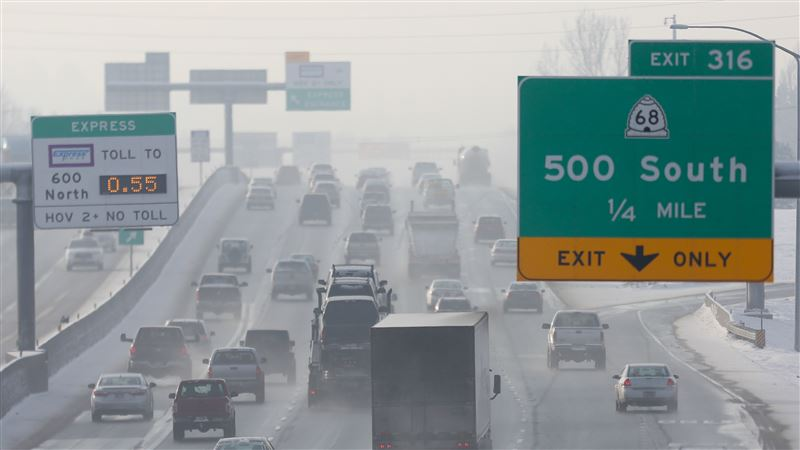 Inversion And Morning Traffic On I-15 In Bountiful. Source: Standard Examiner File.